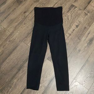 Maternity yoga pants size small